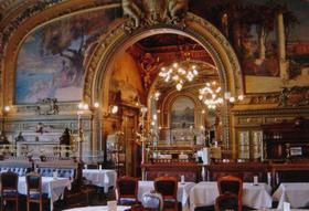 レストラン「ル・トランブルー」